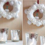 Фото 63: Рождественский венок из белых помпонов