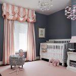 Фото 118: Комната для новорождённого в серо-розовом стиле