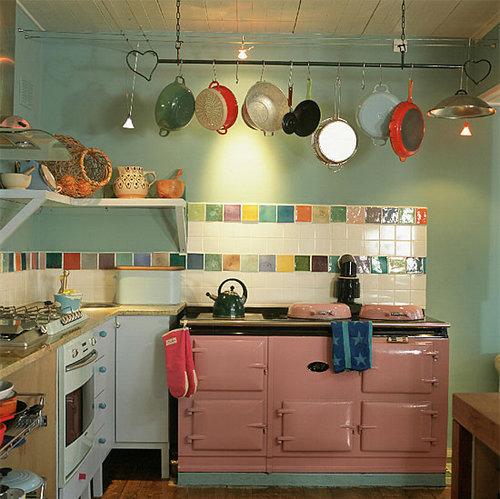 Пастельные тона в интерьере кухни