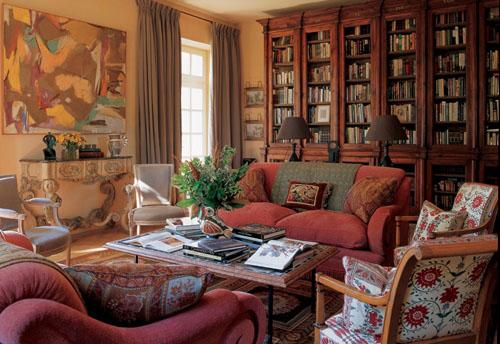 Интерьер гостиной в пастельных тонах в стиле винтаж