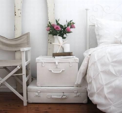 bedside-table-idea-10