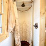 Фото 125: Душевая кабина в очень маленькой ванной