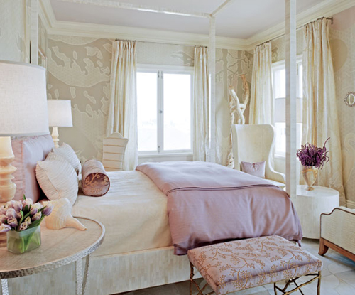 Интерьер гостиной в сиреневом цвете