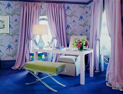Интерьер комнаты в сиреневом цвете