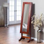 Фото 82: Напольное зеркало на подставке