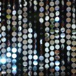 Фото 125: Шторы из пайет металлического цвета