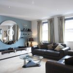 Фото 29: Дополнение стиля гостиной с помощью зеркала