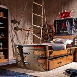 Фото 106: Кровать для мальчика в виде пиратского корабля