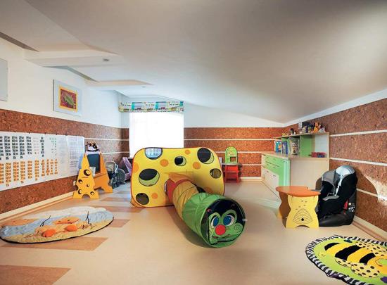 Лабиринт для игр в детской комнате