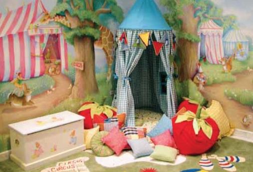 Зона для игр в детской комнате фото