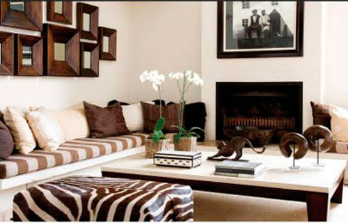 Анималистический принт в интерьере гостиной в африканском стиле
