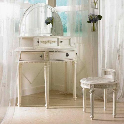 Белые шторы в интерьере фото