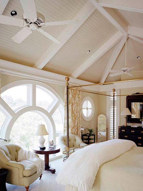 Оформление мансардного окна в интерьере в стиле кантри