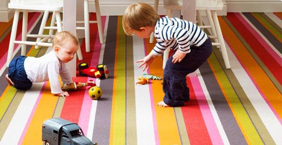 Ковролин в детскую комнату не должен быть скользким