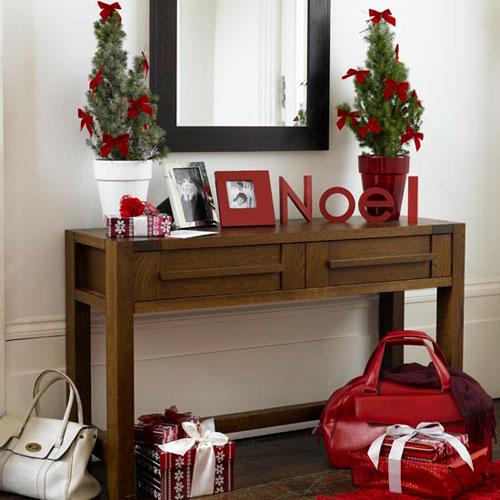 Рождественские объемные буквы в интерьере