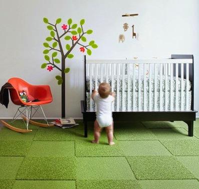 Комбинирование ворсовых и безворсовых участков в детском ковролине
