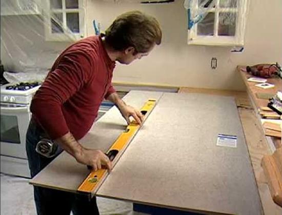 Замер фанеры для изготовления кухонной столешницы