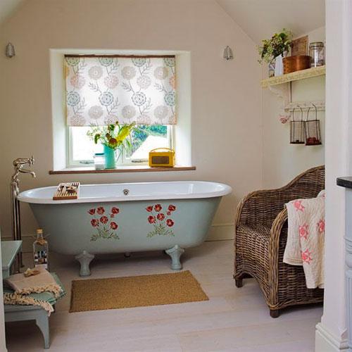 Трафареты для ванной комнаты: оформление сантехники