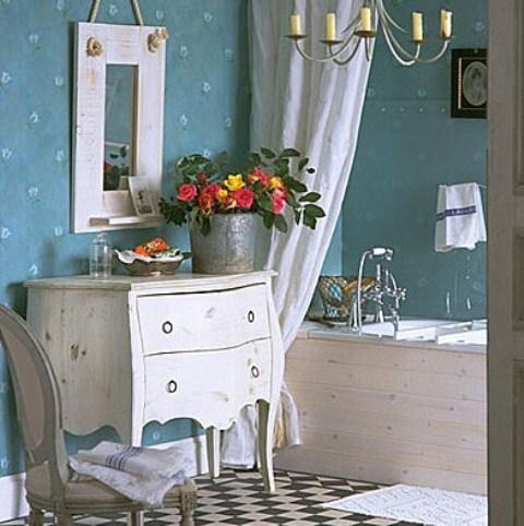 Расположение цветов в ванной комнате