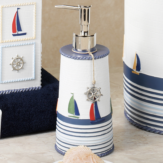 Аксессуары для ванной комнаты  в морском стиле
