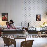Фото 120: Деление стен обоями в комнате для двух детей