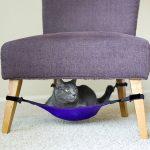 Фото 57: Гамак под стулом для кошки