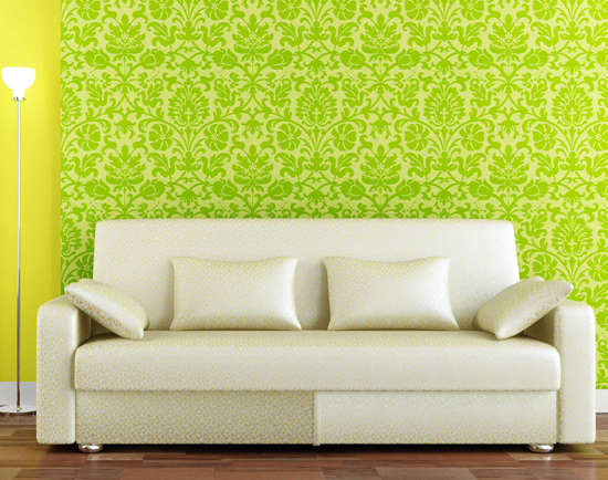 Декоративные диванные подушки в современном интерьере