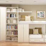 Фото 85: Расположение шкафов при двухъярусной кровати