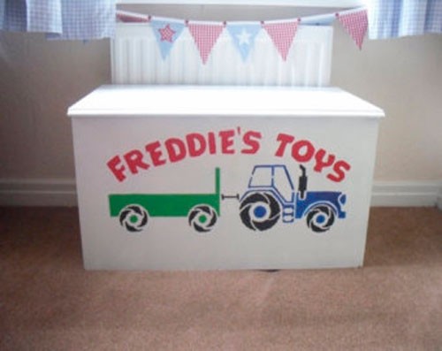 Трафареты для детской комнаты: декор мебели