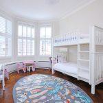 Фото 106: Детская комната для двух девочек в скандинавском стиле