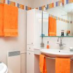 Фото 4: Оранжевый цвет в интерьере ванной комнаты