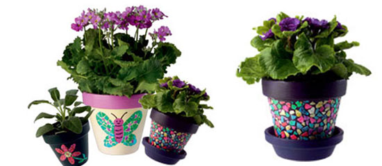 Оформление цветочных горшков с помощью яичной скорлупы