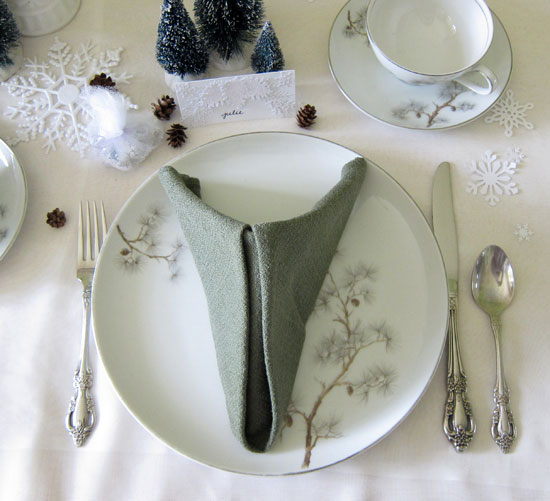 table_setting_for_winter_wedding_parties1