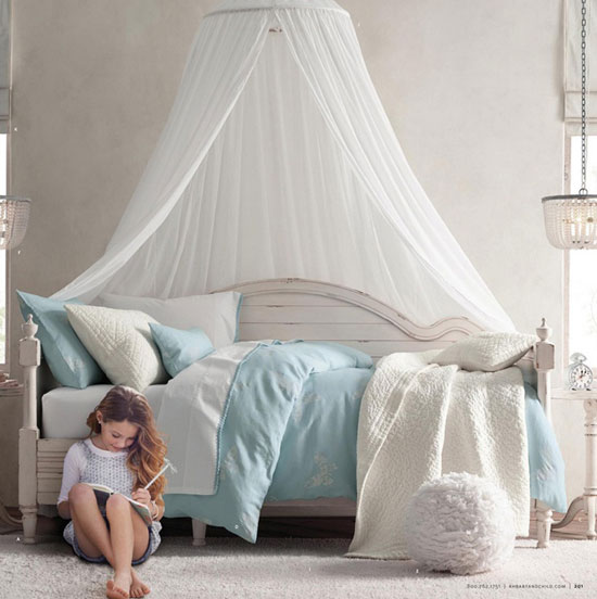 Детская комната для девочки-подростка