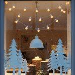 Фото 19: Новогоднее украшение окон