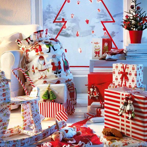 Новогоднее украшение окна в детской