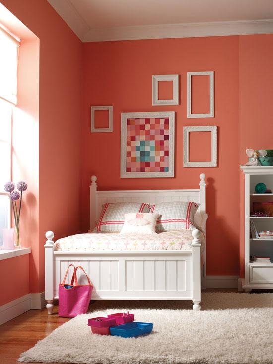 Коралловый цвет в интерьере детской комнаты