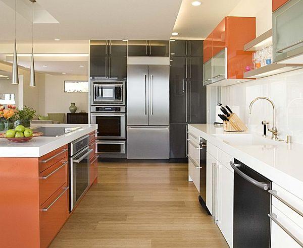 Использование персикового цвета в интерьере кухни
