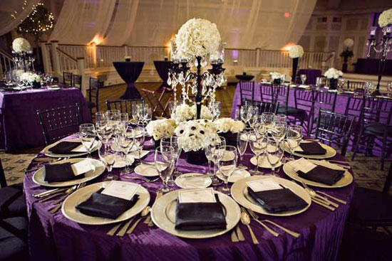 Украшение свадебного стола в фиолетовых тонах
