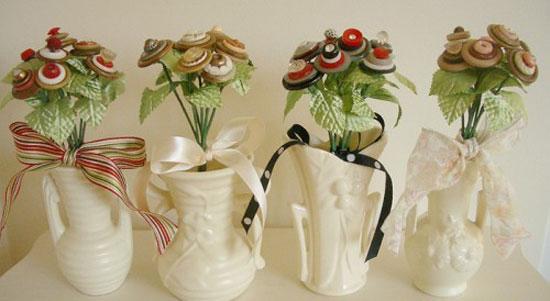 Декоративные композиции из пуговиц
