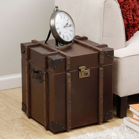 Journey-Vintage-Tobacco-Leather-Trunk-Side-Table-P15267931