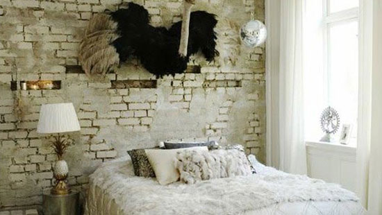 cool-white-bedroom-with-old-brick-walls-553x300