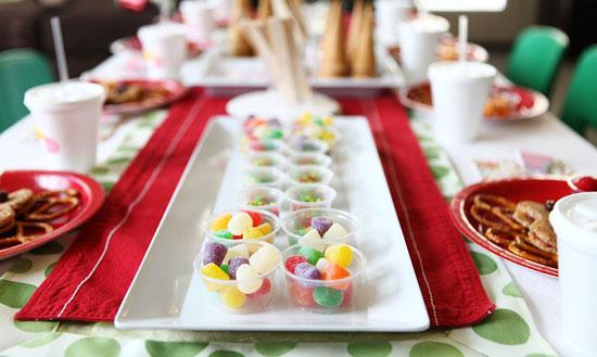 Пример сервировки праздничного стола для детей