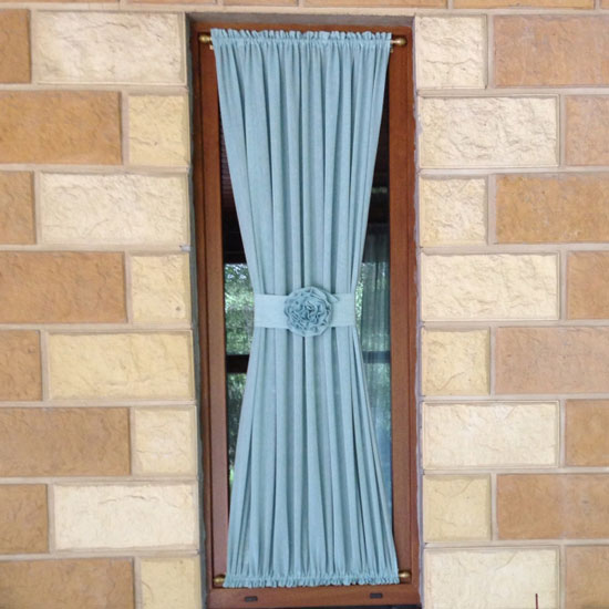 Однотонные шторы на кулиске