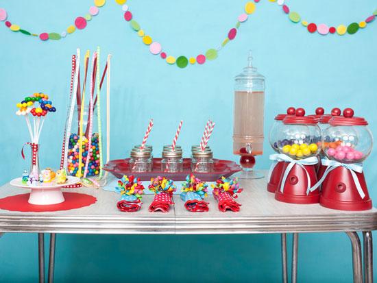 Сервировка праздничного стола для детей