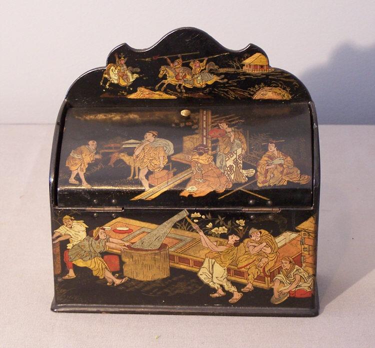 Древняя японская шкатулка из папье-маше