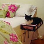 Фото 72: Прикроватная лежанка для кошки