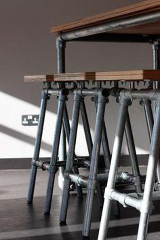 Стиль техно в интерьере подразумевает использование технологичной мебели