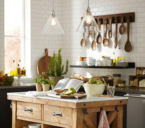 Даже посуда и кухонная утварь могут быть предметом декора