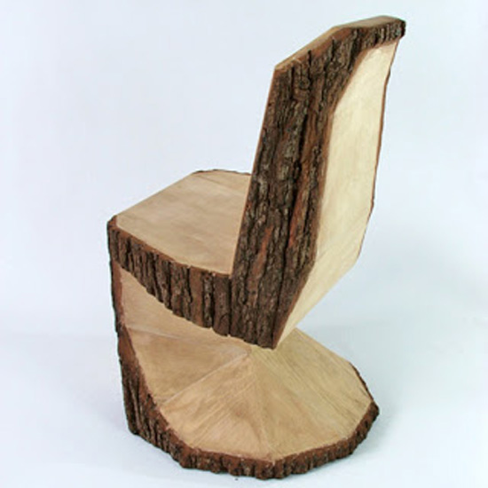 Кресло как вариант деревянного декора в интерьере